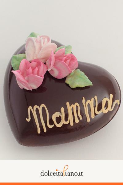 Cuore di cioccolato fondente vuoto di Mauro Morandin