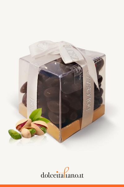 Dragèes - pistacchi ricoperti con cioccolato fondente